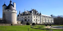 Los Castillos del Loira en Tren