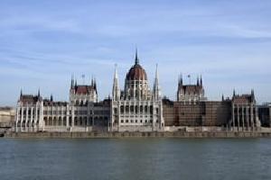 Budapest Al Completo desde Madrid - Puente de Diciembre
