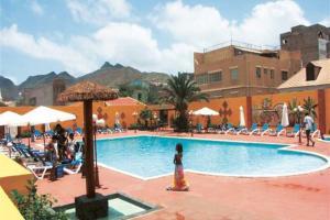 Oasis Porto Grande 4*
