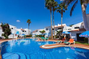 Puerto Caleta Apartments 3*