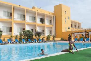 Hôtel Oasis Porto Grande 4*