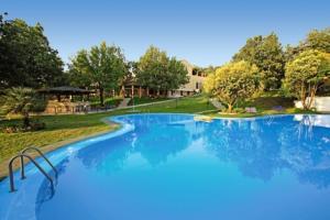 Century Resort 4*