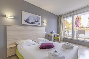 LAGRANGE VACANCES LA ROCHELLE APART'HOTEL L'ESCALE MARINE