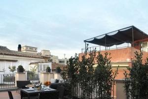 Trevi Palace Luxury Apartments 5*