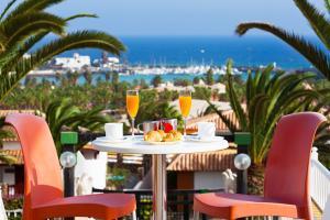 Palm Beach Resort 4*