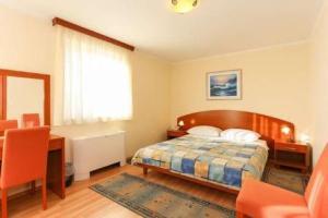 Aparthotel Astoria 3*