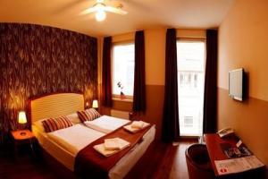 Six Inn 3*