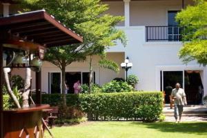 Serene Sands Health Resort 3*