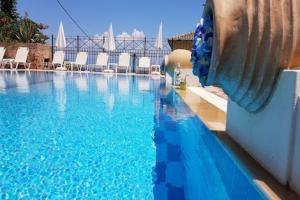 Avra Paradise Sea View Pool 3*