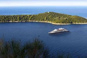 La Méditerranée, d'île en île